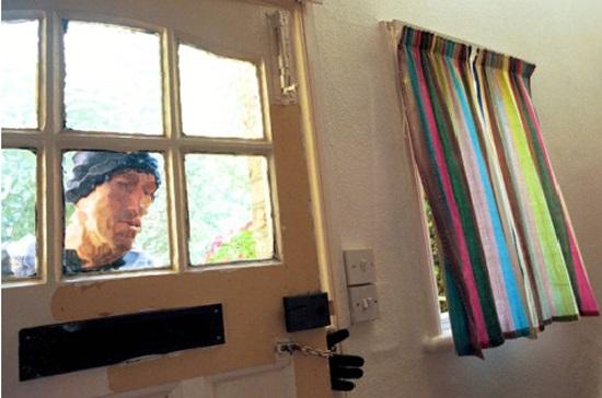 burglar peepimg imside student room