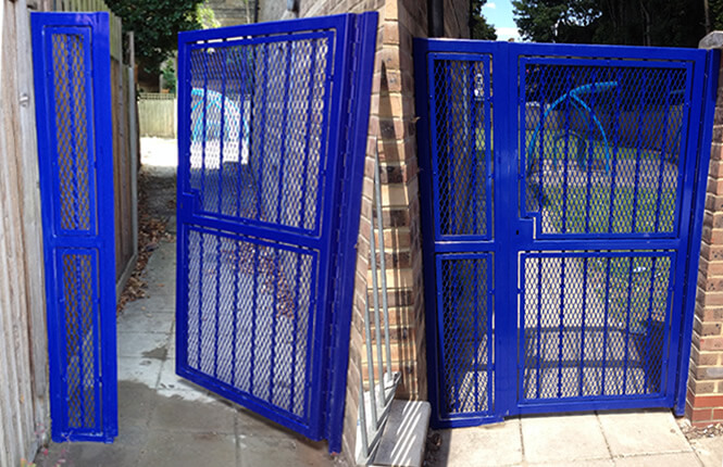 RSG3000 security mesh gate on a fire escape passage in Mitcham.