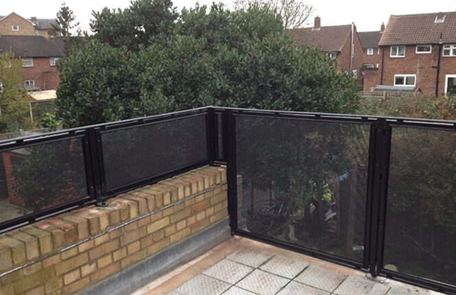 RSG4200 balustrades on domestic project in Wimbledon.