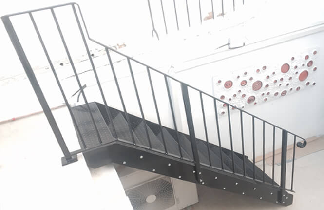 RSG4400 handrails and staircase in central London.