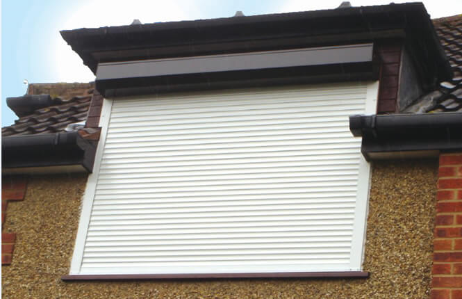 RSG5300 heat insilated shutter fitted on a residential property in Ruislip.