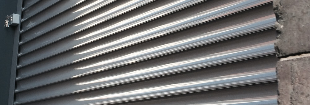 RSG5600 security roller shutter providing security on offices in Central London