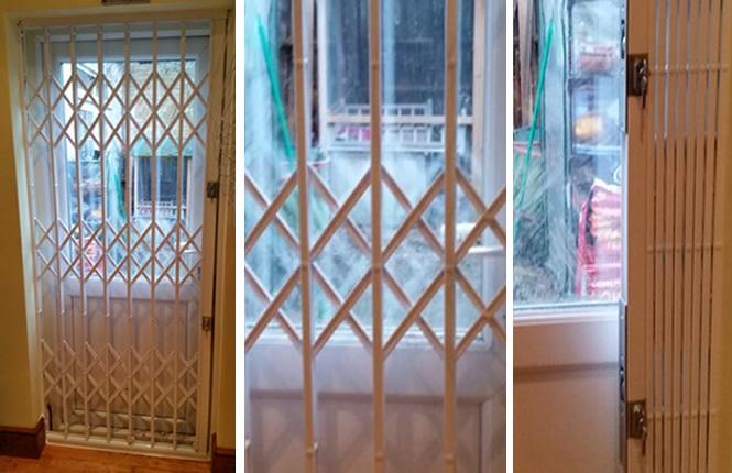 Exceptionnel RSG1000 Retractable Security Door Grille In Hackney.